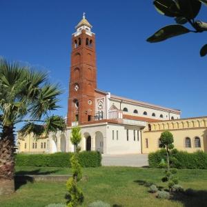 03-GUREZ-complesso-parrocchiale