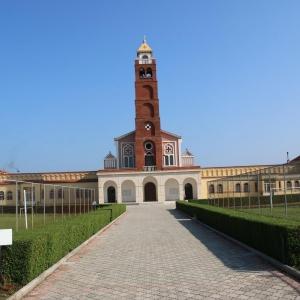 04-GUREZ-complesso-parrocchiale