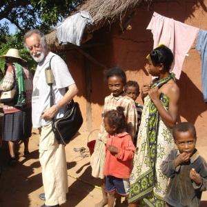 27-GUREZ-p-Giuseppe-Nicolai-passato-dal-Madagascar-allAlbania