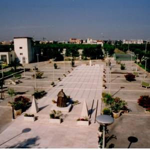 06-Piazzale-antistante-1